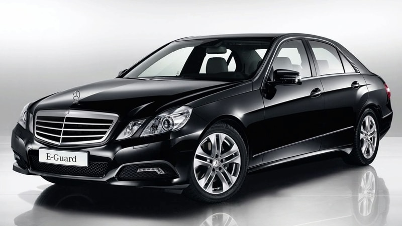 4-seater-limo-cab-booking-singapore